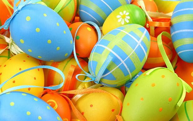huevos-pascua-coloridos